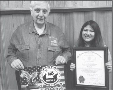 Veterans group names award in Benton's memory